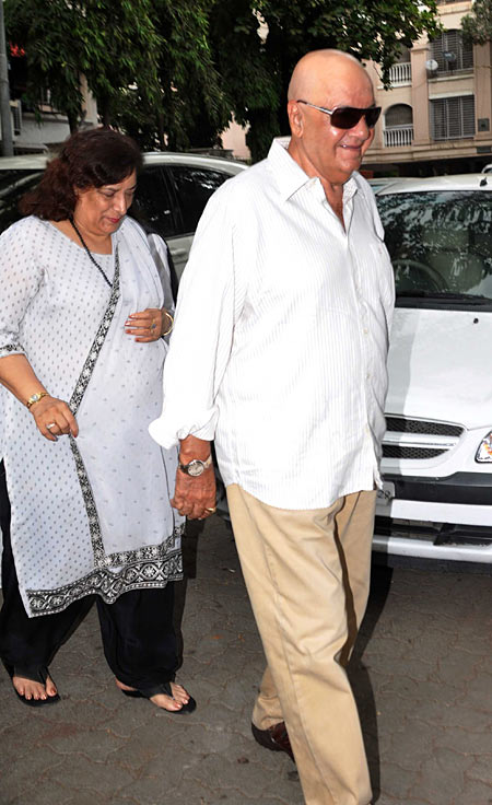 Prem Chopra with wife Uma