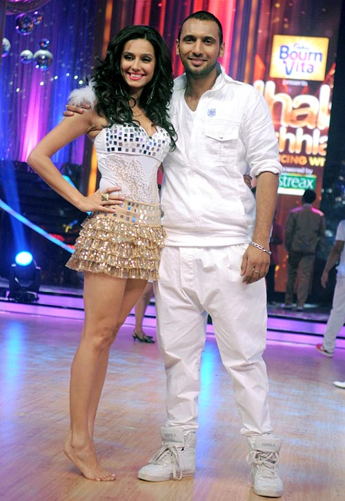 Shibani Dandekar with choreographer Punit