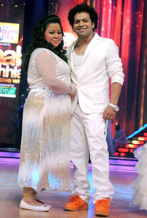 on stage Rediff - Dikhhla Jhalak fire! set Jaa  the stars