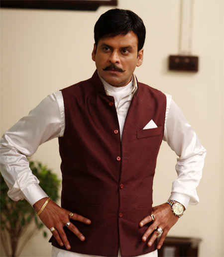Manoj Bajpayee in Rajneeti