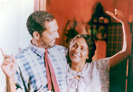 Nana Patekar and Seema Biswas in Khamoshi