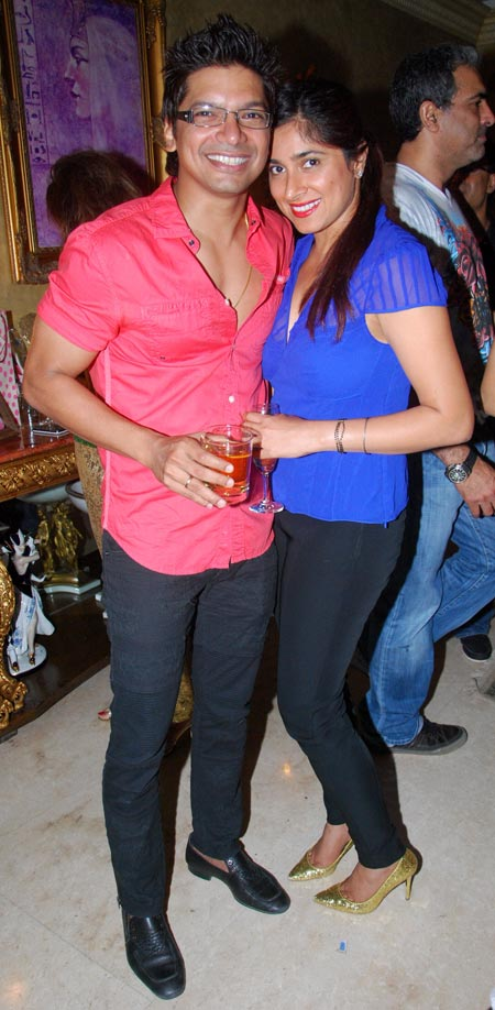 Shaan with wife Radhika