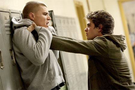 Chris Zylka as Flash Thompson and Andrew Garfield in The Amazing Spiderman