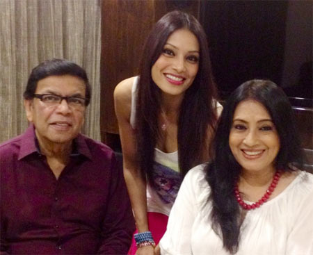 Bipasha with her parents Hirak and Mamata Basu