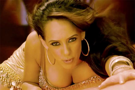 Hazel Keech in Maximum