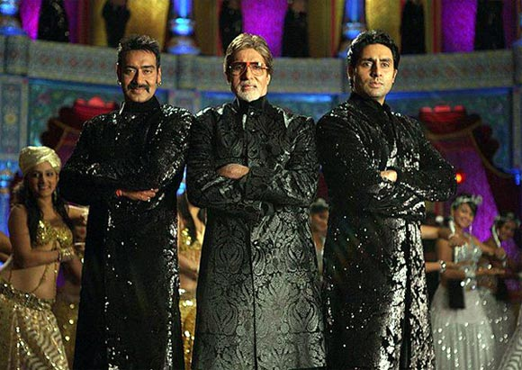 Ajay Devgn, Amitabh Bachchan and Abhishek Bachchan in Bol Bachchan