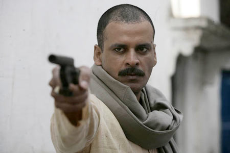 Manoj Bajpayee as Sardar Khan in Gangs Of Wasseypur