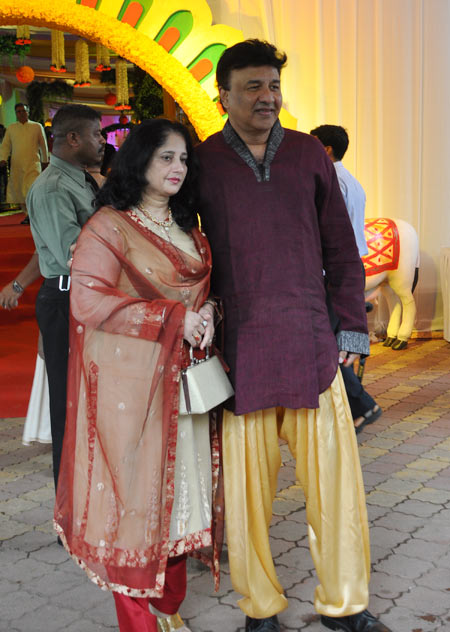 Anu Malik and wife