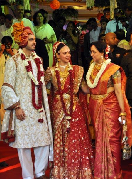 Bharat Takhtani, Esha Deol and Hema Malini