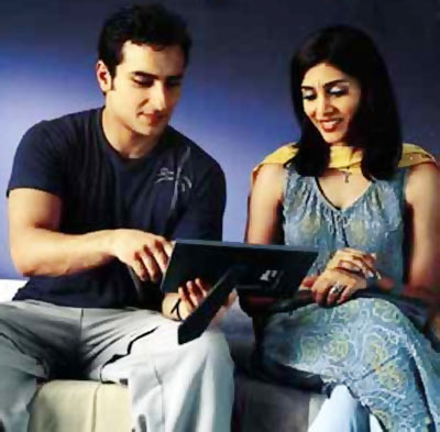 Saif Ali Khan and Sonali Kulkarni in Dil Chahta Hai