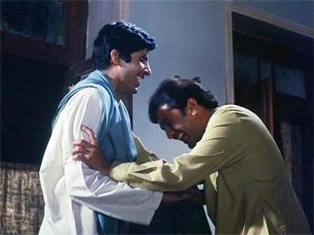 Amitabh Bachchan and Rajesh Khanna in Anand