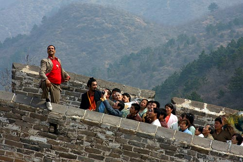 Akshay Kumar and Ranvir Shorey in Chandni Chowk To China