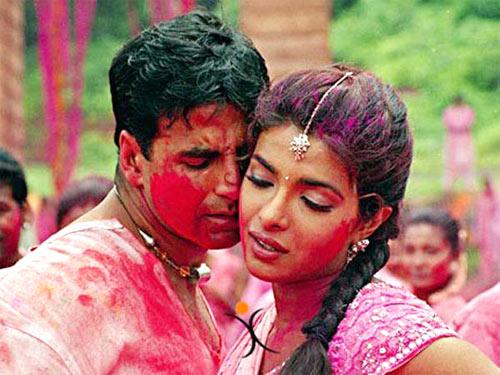 Akshay Kumar, Priyanka Chopra in Pink
