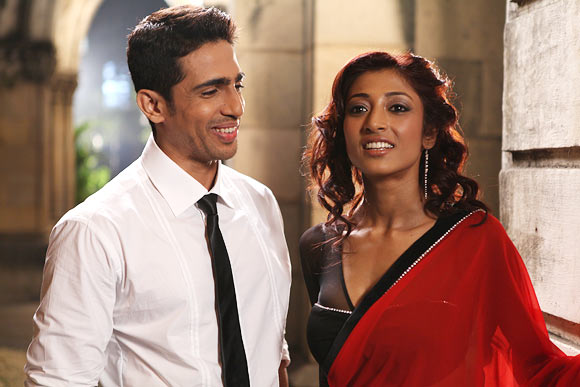 Gulshan Debaiya and Paoli Dam in Hate Story
