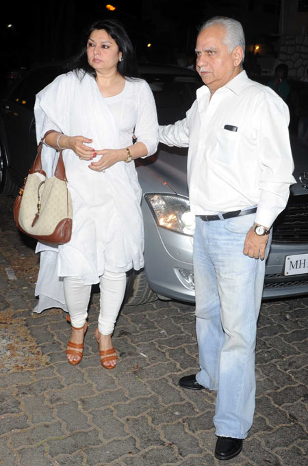 Ramesh Sippy and wife Kiran Juneja