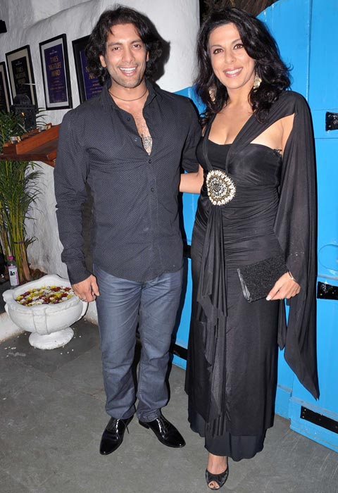 Akashdeep Saigal and Pooja Bedi