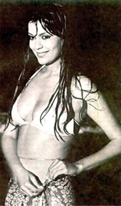 Zeenat Aman in Qurbani