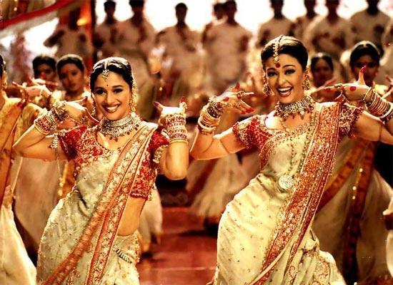 Madhuri Dixit, Aishwarya Rai Bachchan in Devdas
