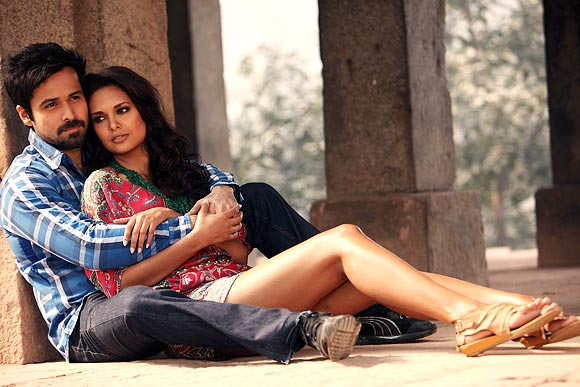Emraan Hashmi and Esha Gupta in Jannat 2