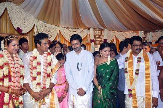Janani, Sathish Kumar, Prasanna, Sneha and KS Ravi Kuamr