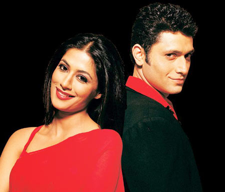 Chitrangada Singh and Shiney Ahuja in Hazaron Khwahishen Aisi