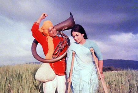 A scene from Sachaa Jhutha