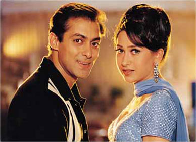 Karisma Kapoor and Salman Khan in Biwi No 1