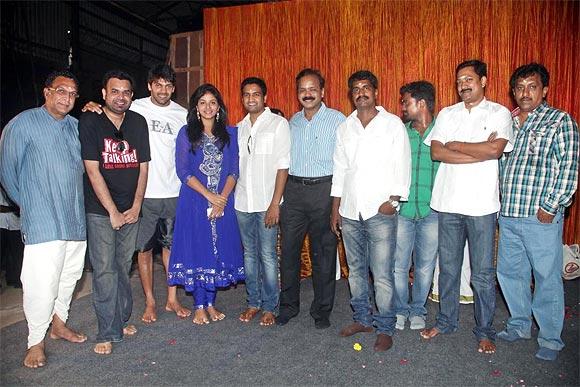 The team of Settai
