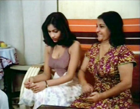 Tina Munim and Pearl Padamsee in Baton Baton Mein