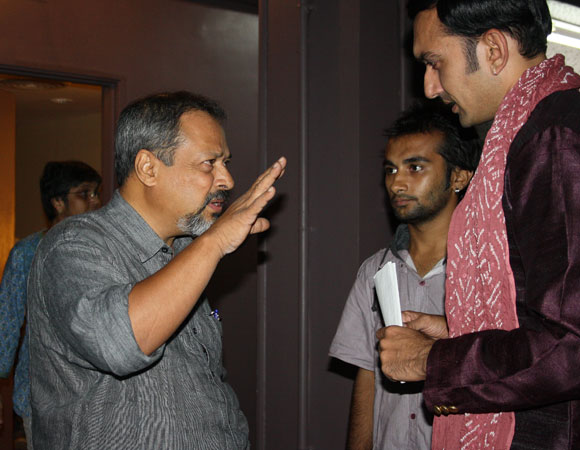 Sunil Shanbag explains the scene to Chirag Vora