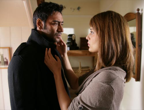 Ajay Devgn and Kangan Ranaut in Tezz