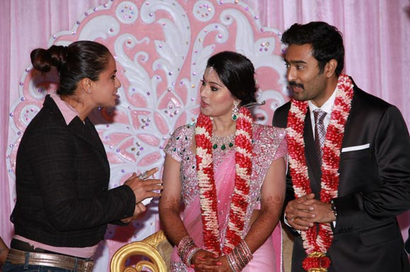 Simran with the newlyweds