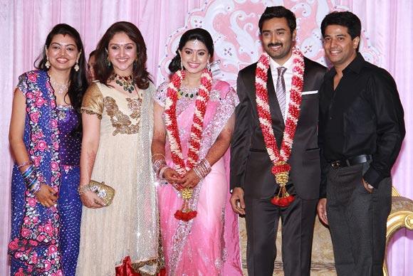 Sridevi Vijaykumar with the newlyweds