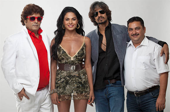 Aanand Balraj, Veena Malik, Vijay Raaz and Deepak Bali