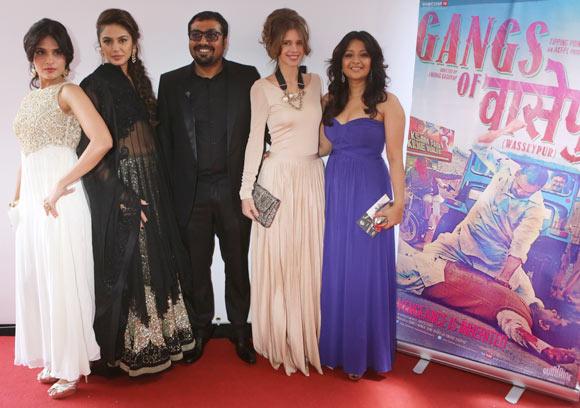 Huma Qureshi, Richa Chaddha Anurag Kashyap, Kalki Koechlin and Reema Sen