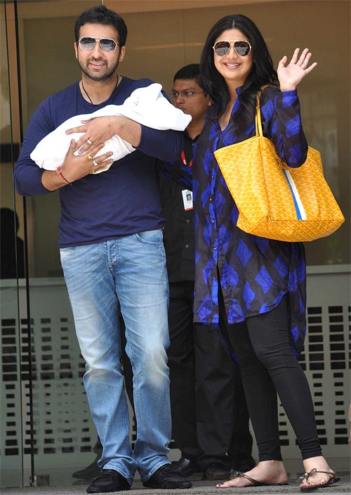 Raj Kaushal and Shilpa Shetty with their son Viaan