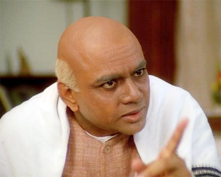 Paresh Rawal as Vallabhbhai Patel in Ketan Mehta's film Sardar.