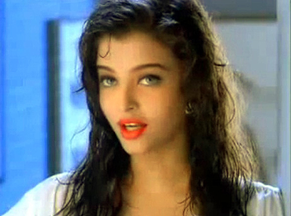 Aishwarya Rai Bachchan in Pepsi advertisement