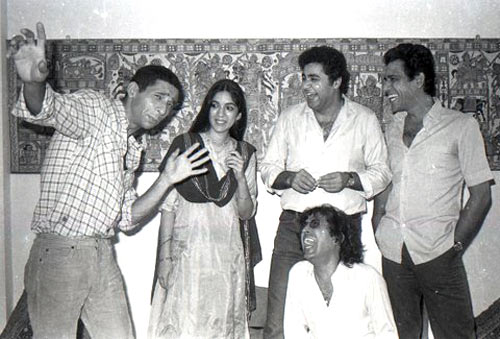 Naseeuddin Shah, Neena Gupta, Satish Shah, Om Puri and Ravi Baswani