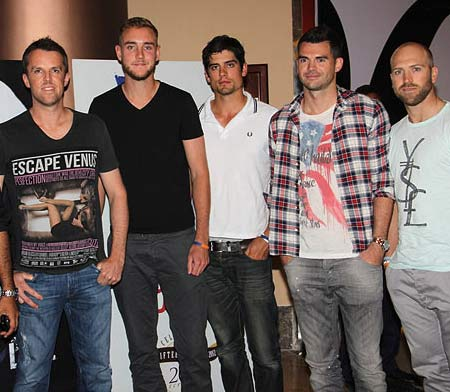 Graeme Swann, Stuart Broad, Alister Cook, James Franklin and Matt Prio