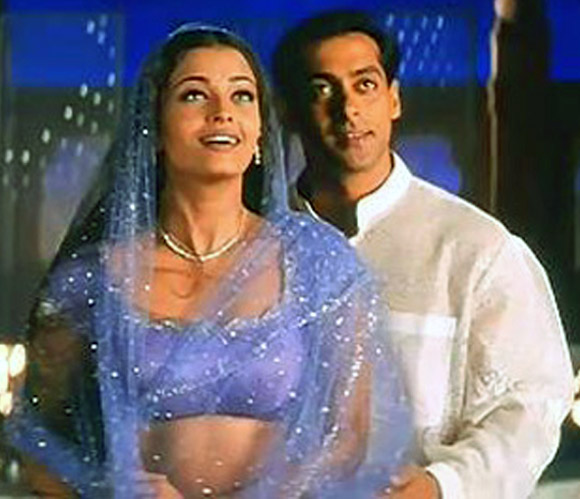 Aishwarya Rai Bachchan and Salman Khan in Hum Dil De Chuke Sanam