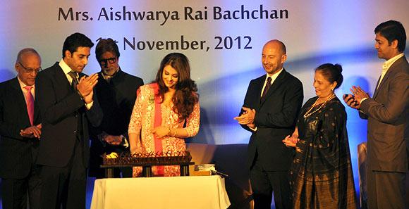 Krishnaraj, Abhishek, Amitabh, Ash, Vrinda Rai and Aditya