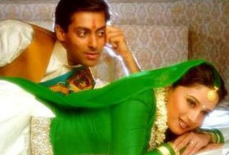 Salman Khan and Madhuri Dixit in Hum Aapke Hain Koun..!