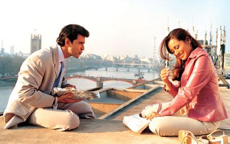 Hrithik Roshan and Rani Mukeji in Mujhse Dosti Karoge