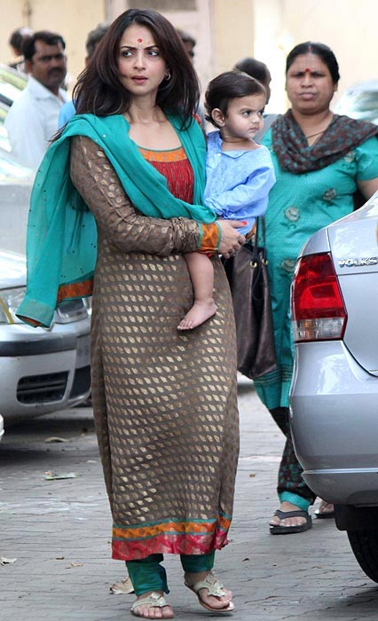Seema Khan with younger son Yohan