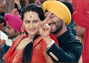 Sonakshi Sinha and Ajay Devgn on SOS