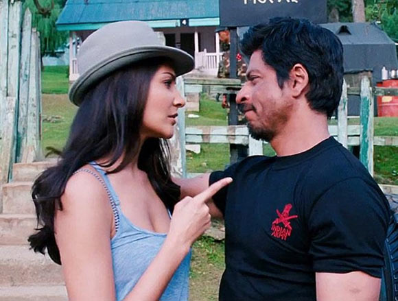 Anushka Sharma and Shah Rukh Khan in Jab Tak Hai Jaan