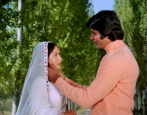 Rakhee and Amitabh Bachchan in Kabhi Kabhie