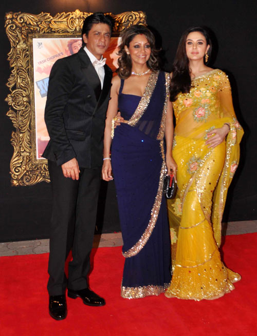 Shah Rukh, Gauri Khan and Preity Zinta at Jab Tak Hai Jaan premiere