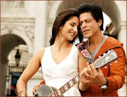 Katrina Kaif and Shah Rukh Khan in Jab Tak Hai Jaan